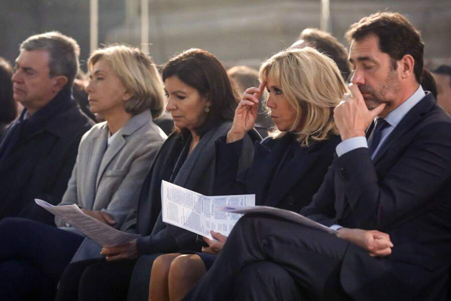 Pendant que Brigitte Macron se recueille, Christophe Castaner se repose