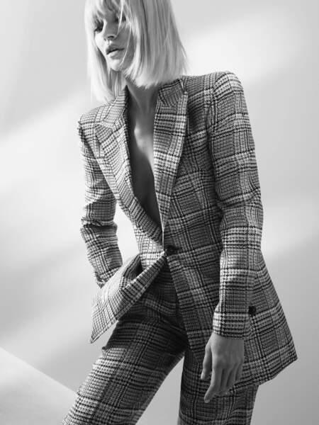 Cet automne, Kate Moss collabore pour la première fois avec Giorgio Armani.