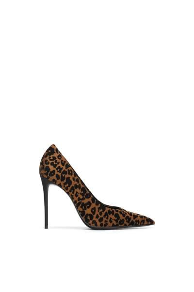 Escarpins imprimés léopard, 40 €, Zara.