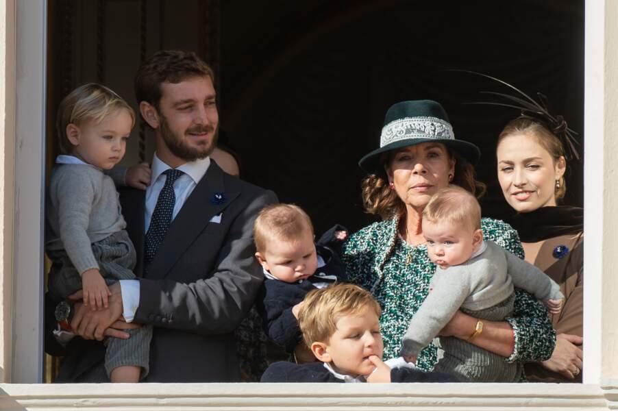 Avec son fils Pierre, ses petits-fils Stephano, Maximilian, Francesco et Alexandre, à Monaco, le 19 novembre 2018