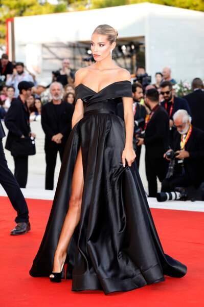Jessica Goicoechea arborait une sublime robe signée Lia Stublla
