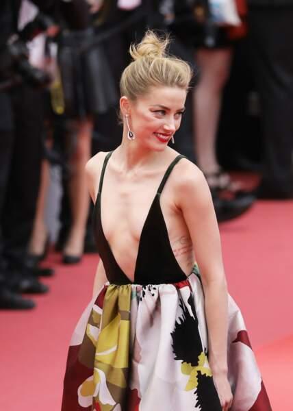 Amber Heard (Bijoux de Grisogono) - Montée des marches du film «Plaire, aimer et courir vite