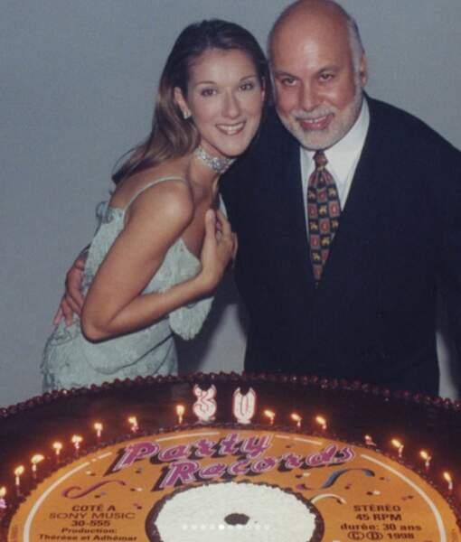 Pour ses trente ans, avec son mari René.