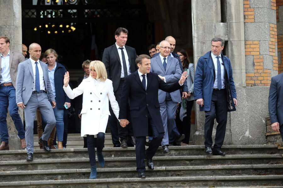 Les membres du GSPR sont également chargés de la protection de la famille du président