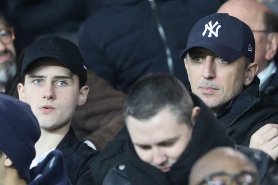 Gad Elmaleh et son fils Noé ont assisté au match de football PSG-LOSC ce 2 novembre
