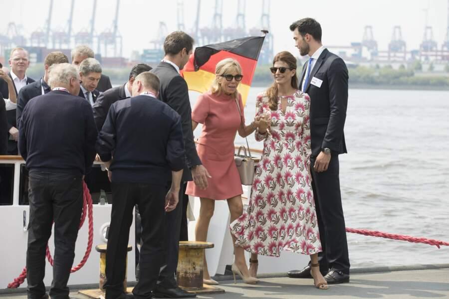 Brigitte Macron : sa robe Louis Vuitton version rose pour le G20 à Hambourg