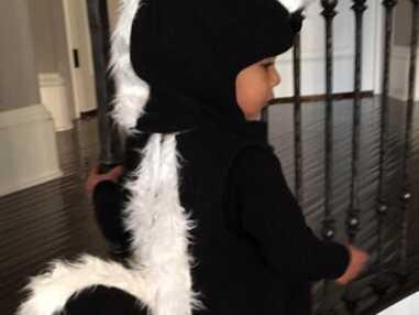 North West adorable Pépé le putois pour Halloween