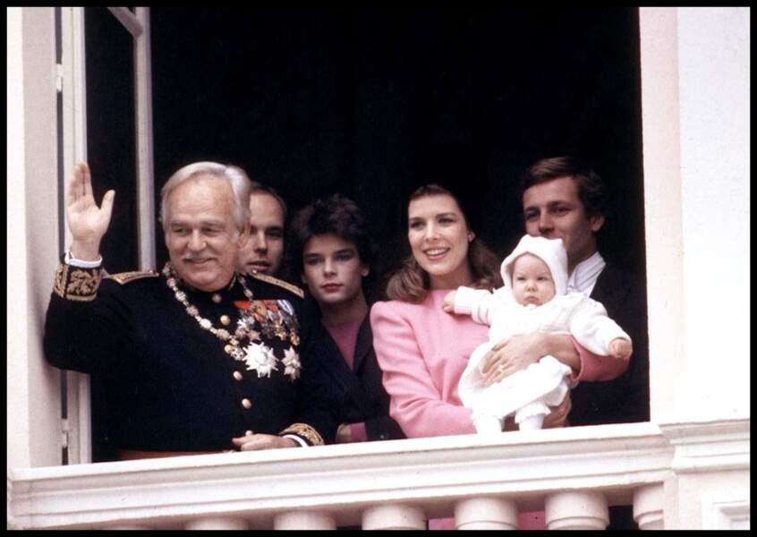Rainier, Albert, Stéphanie, Caroline, Andrea et Stefano Casiraghi lors de la fête nationale à Monaco en 1984