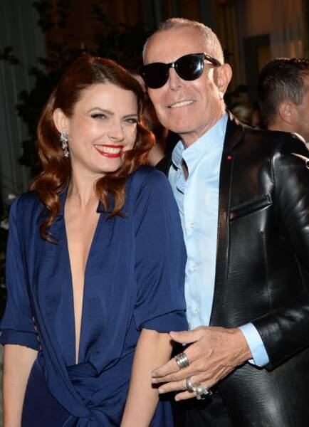 Elodie Frégé canon en robe décolletée avec Jean Claude Jitrois