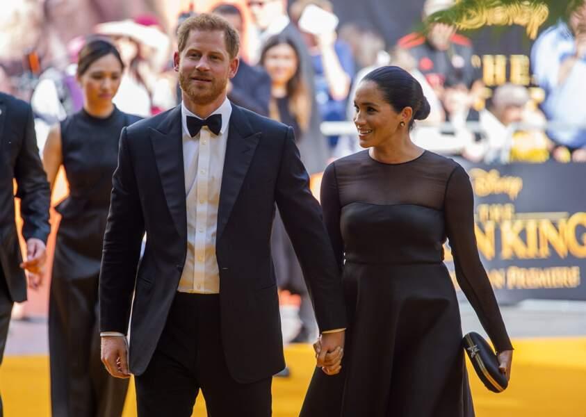 Meghan Markle et le prince Harry heureux d'assister à l'avant-première du film le Roi Lion
