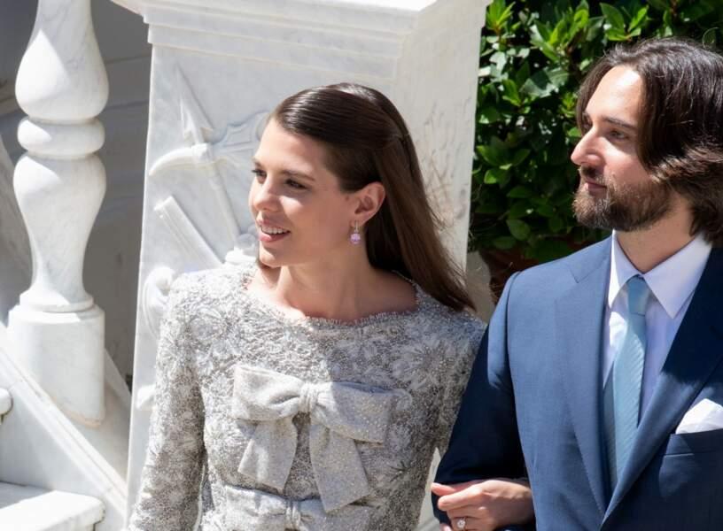 Mèche lisse pour la cérémonie civile du mariage de Charlotte Casiraghi et Dimitri Rassam