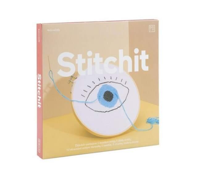 Livre – kit de broderie « Fashion », 15,90 € (DOIY chez Fleux).