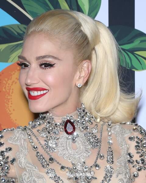 Gwen Stefani et son platine presque blanc ultra brushé