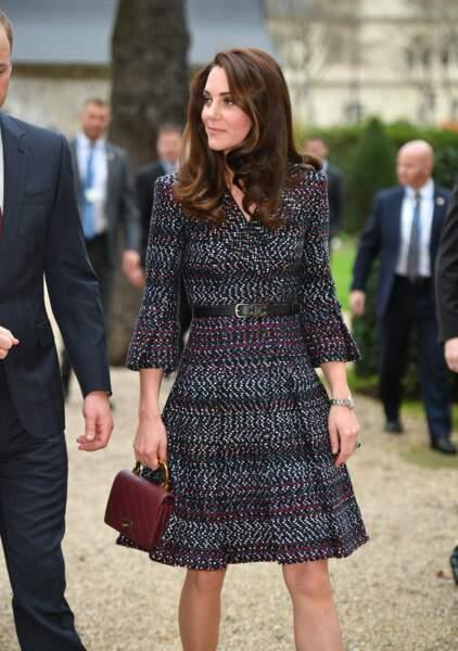 Elle portait une jolie robe signée Chanel