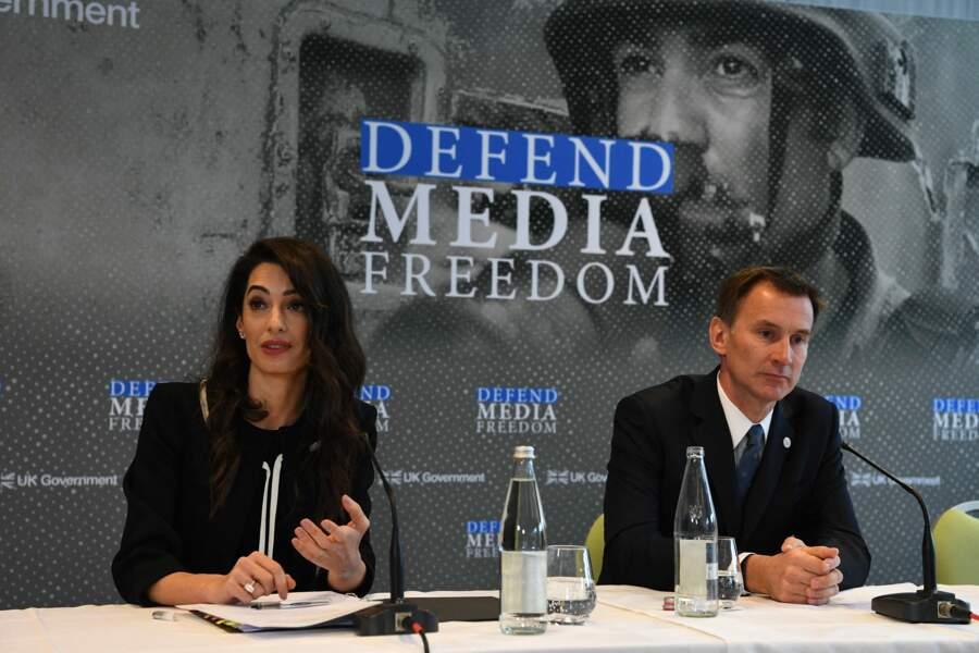 Amal Clooney a longuement discouru sur le nombre de journalistes tués ou retenus en otage dans le monde