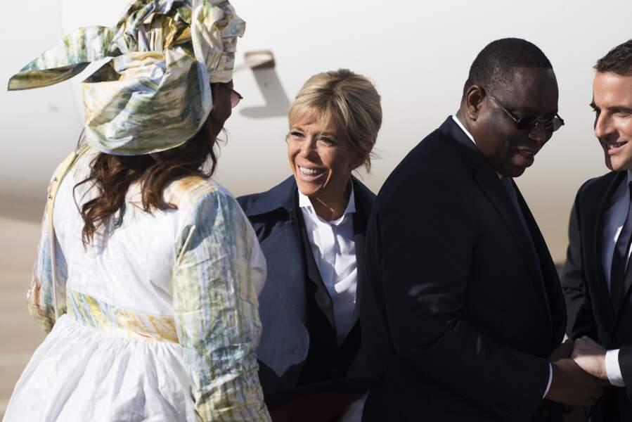 Emmanuet et Brigitte Macron arrivent au Sénégal, le 3 février 2018