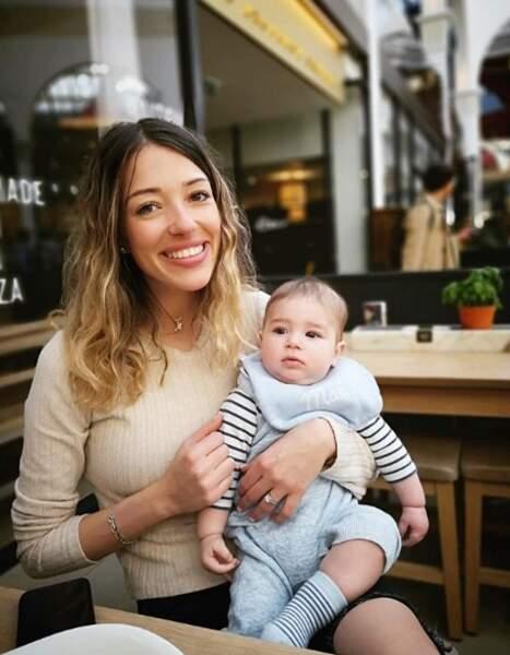 Camille Schneiderlin et Maé au restaurant