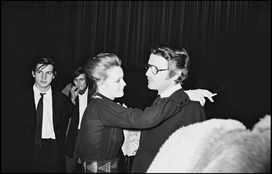 """Romy Schneider et Harry Meyen à la première de """"Max et les ferrailleurs"""" à Paris en 1971"""