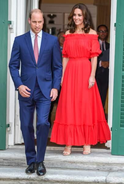 Kate Middleton et le prince William dans les jardins de l'ambassade britannique à Berlin, le 19 juillet 2017