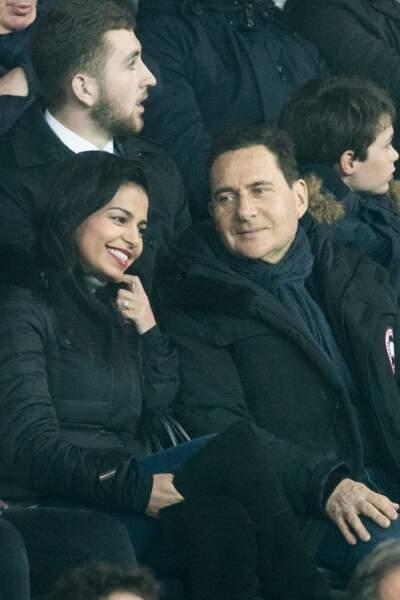 Eric Besson et son épouse Jamila au Parc des Princes ce 29 avril