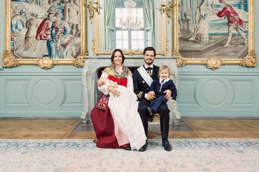 Sofia et Carl Philip de Suède lors du baptême de leur fils Gabriel, le 1er décembre 2017