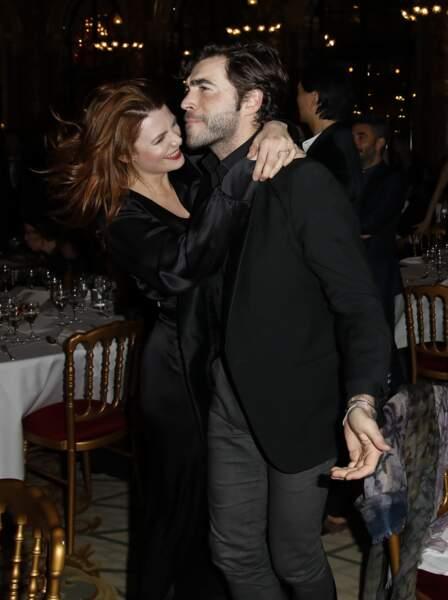 Elodie Frégé était radieuse aux bras de son amoureux Gian Marco Tavani