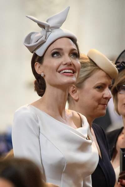 Angelina Jolie ressemble à Meghan Markle dans cette tenue signée Ralph & Russo, que Meghan adore