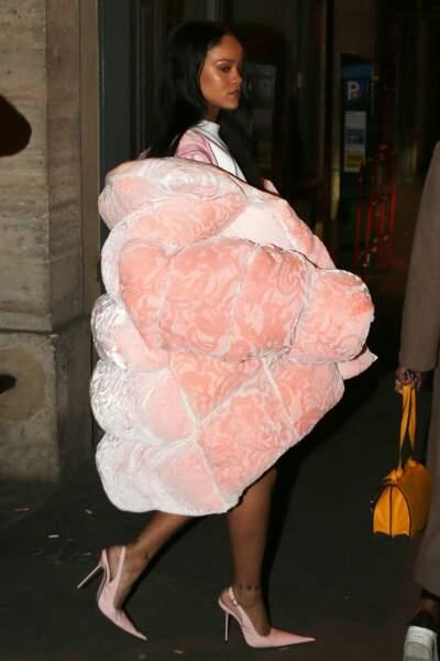 Rihanna dans les rues de Paris
