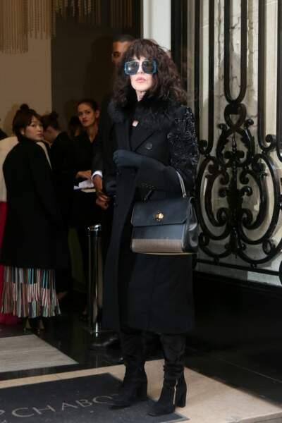 """Isabelle Adjani au défilé de mode """"Elie Saab"""""""