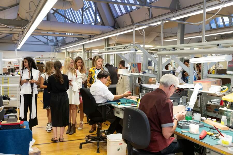 La française Sharon, ou encore Valentina Ferragni ont découvert les coulisses de fabrication de Louis Vuitton.