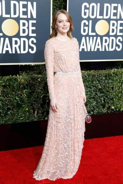 Emma Stone en robe Louis Vuitton lors de la cérémonie des Golden Globes 2019 à Los Angeles