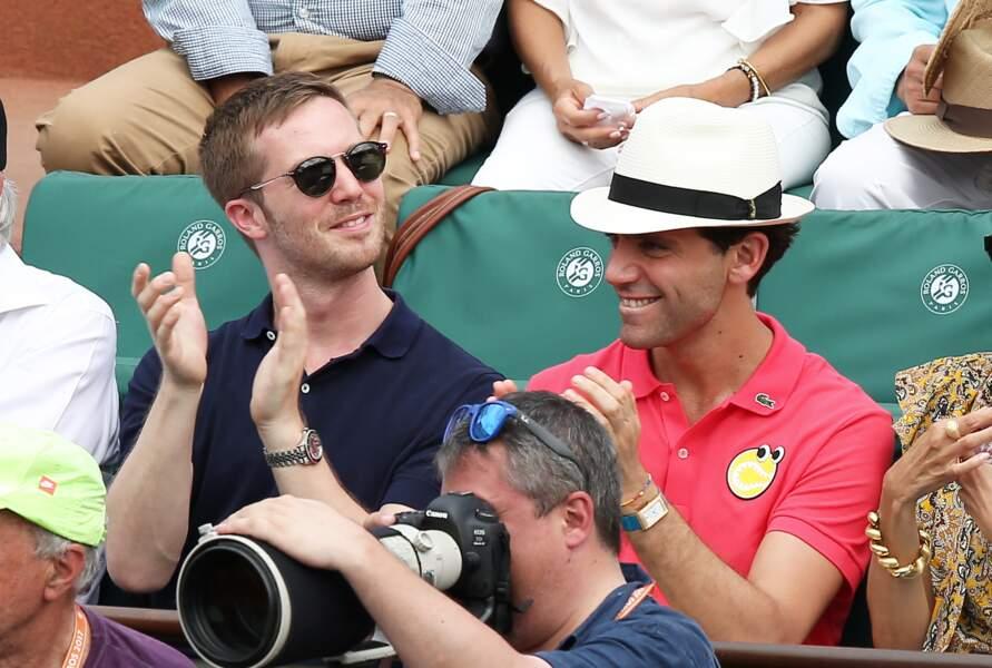 Le chanteur Mika et son compagnon Andy Dermanis -