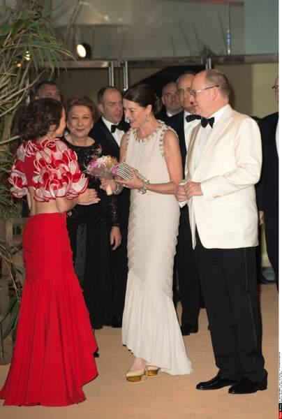 Une robe de soirée que Caroline de Monaco doit à son grand ami Karl Lagerfeld, décédé en février 2019