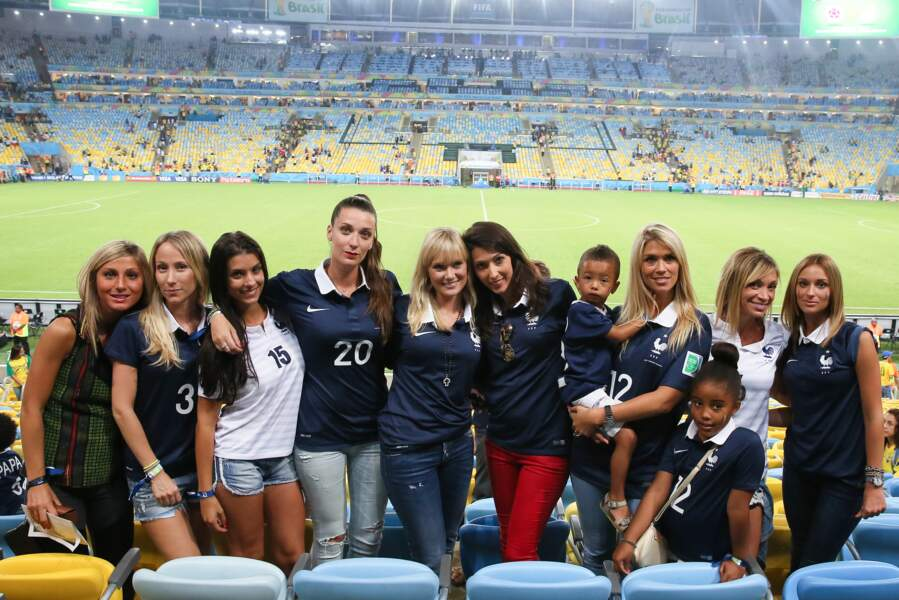 Sandra Evra, Ludivine Sagna, Fanny Rémy, Jennifer Giroud, Elodie Mavuba et Fiona Cabaye