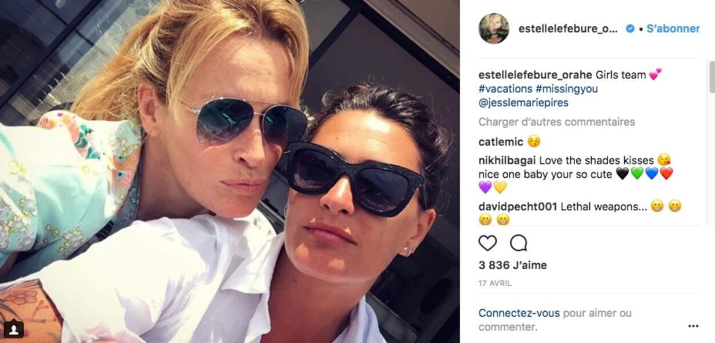 Estelle Lefébure et Jessica Pirès en vacances, en avril 2018