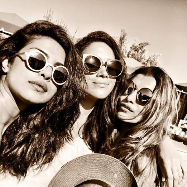 Priyanka Chopra, Meghan Markle et la productrice Mubina Rattonsey, en mai 2016