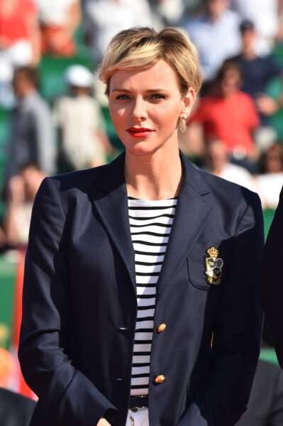 Charlène de Monaco canon avec une nouvelle coupe et couleur de cheveux