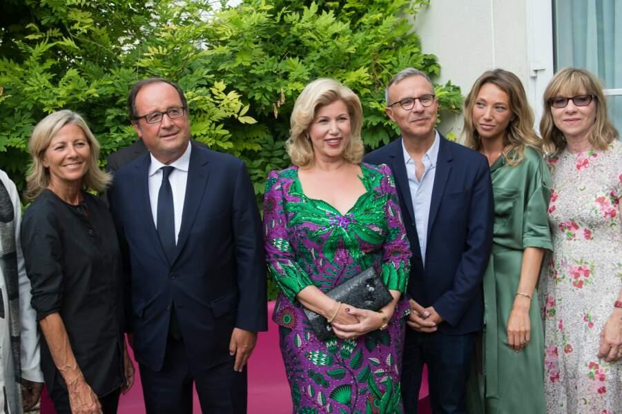 Francois Hollande avec Dominique Ouattarta et les membres du jury du festival d'Angoulême