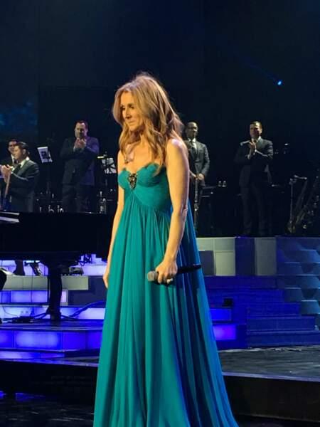 Céline Dion dans sa tenue finale