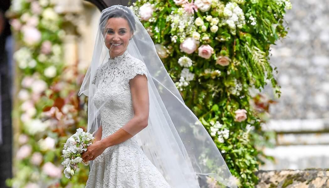 Pippa Middleton, dans une robe Giles Deacon, lors de son mariage avec James Matthews à Englefield, le 20 mai 2017