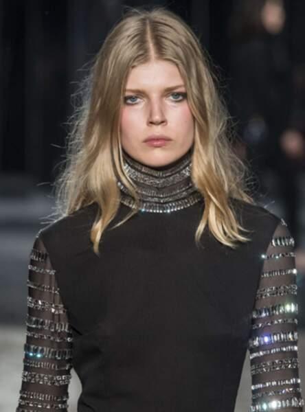 Les longueurs parisiennes au défilé Azzaro Couture Fall/Winter 2017-2018