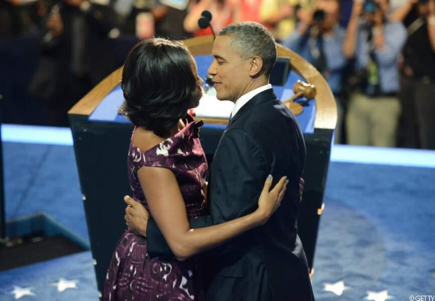 Barack sur le point d'embrasser Michelle le soir de sa réelection, Chicago, le 6 novembre 2012
