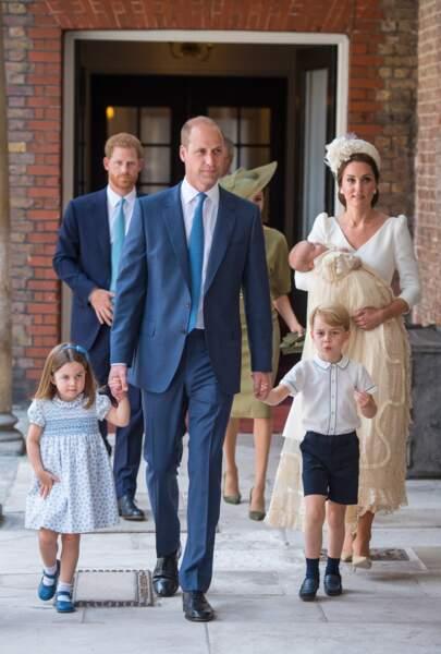 La famille de Cambridge, lors du baptême du petit Louis, au palais St James, le 9 juillet.
