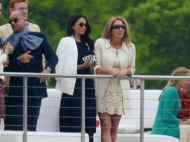Photos - Le prince Harry et Meghan Markle : très amoureux, le couple multiplie les gestes tendres