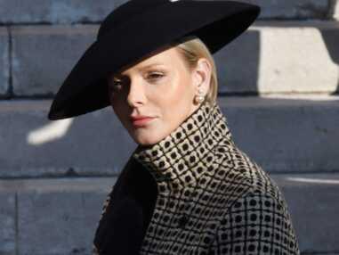 PHOTOS - Charlène de Monaco très élégante en veste et chapeau Akris à Monaco