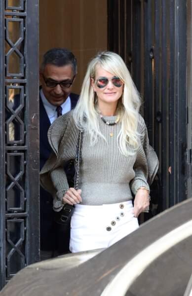 Laeticia Hallyday et son avocat quittent les bureaux de l'avenue Montaigne, à Paris le 9 octobre 2018