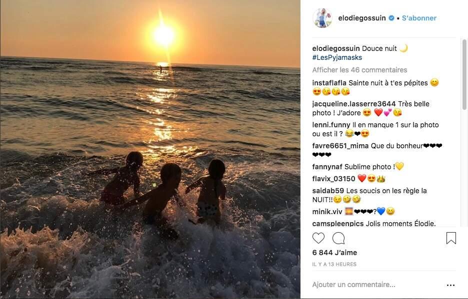 Elodie Gossuin profite de ses vacances à la mer avec ses quatre enfants