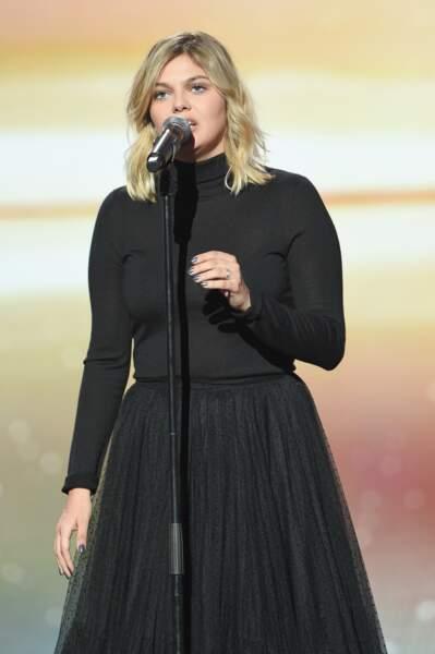 Louane lors de la cérémonie des Victoires de la Musique le 8 février 2019