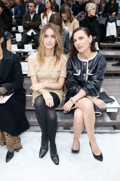 Joana Preiss et Virginie Ledoyen étaient au front row du défilé Chanel, hommage à Karl Lagerfeld.