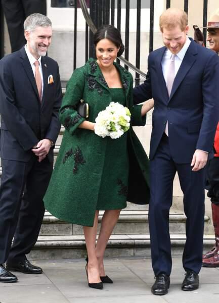 Meghan Markle et le prince Harry ont multiplié les gestes tendres ce lundi 11 mars, à Londres